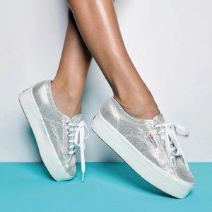 Women's platform Superga sneakers - silver